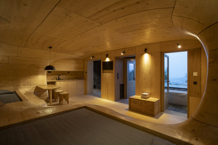 Wooden Cave Hotel Suite - 0